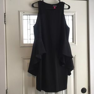 Vince Camuto Dresses - NWT Vince Camuto Bell Sleeve Dress